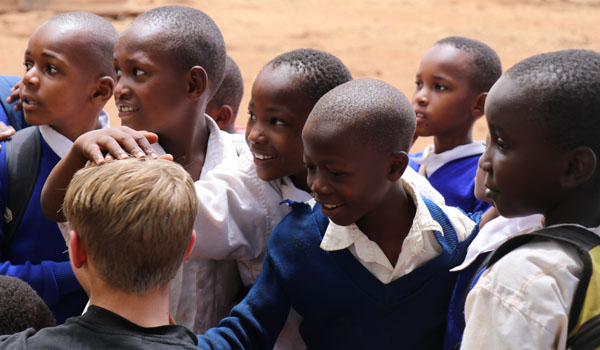 Volunteer Tanzania [Make a difference in Africa] – 22000 happy